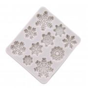 3D Snowflake Lace Chocolate Mold Party DIY Fondant Baking Cake Decorating Tool