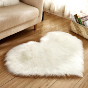 Love Heart Shape Artificial Wool Area Carpet for Home Decoration